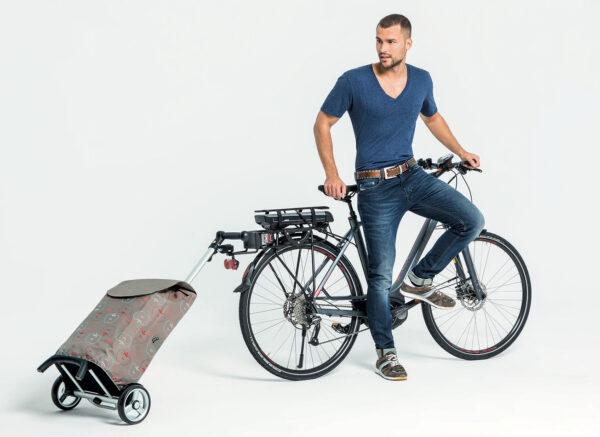 Unus_med_cykel